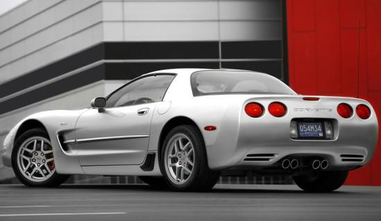 Chevrolet Corvette C5 в жестким верхом