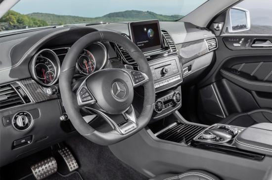 интерьер Mercedes-AMG GLE 63 Coupe