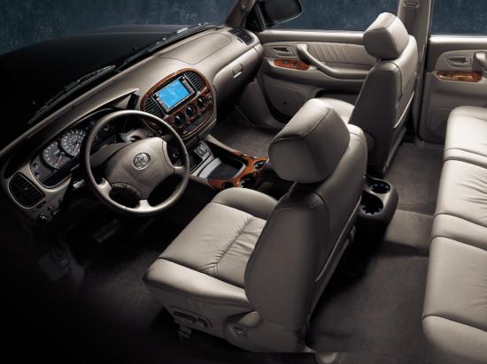 интерьер Toyota Tundra 1