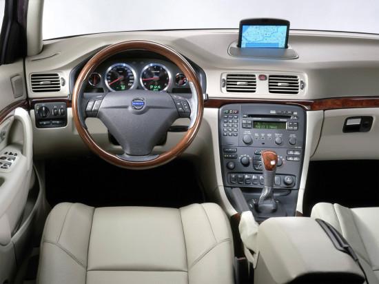 интерьер Volvo S80 1-го поколения