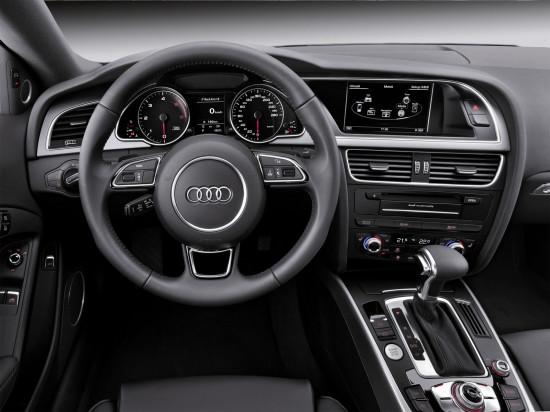 интерьер Audi A5 Coupe 8T3 (приборная панель и центральная консоль)
