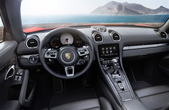интерьер салона 718 Boxster S