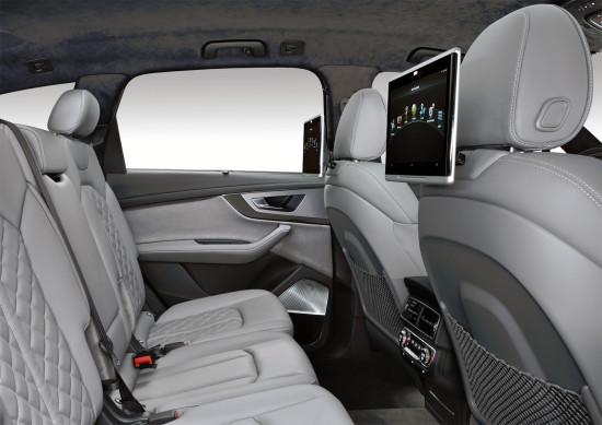 в салоне Audi SQ7 TDI