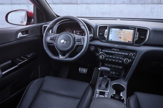 интерьер салона KIA Sportage 4 GT-Line (приборная панель и центральная консоль)