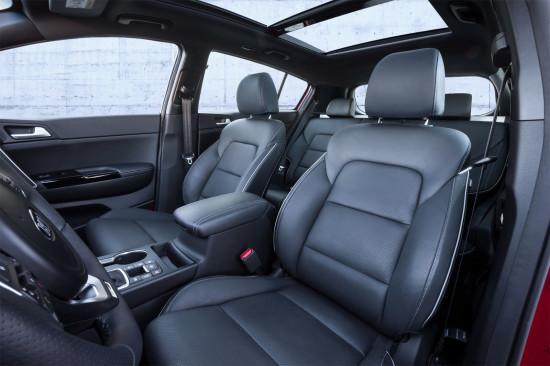 передние кресла в Спортейдже 4 GT-Line