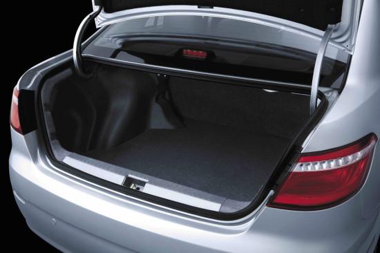 багажное отделение седана Lifan Solano II