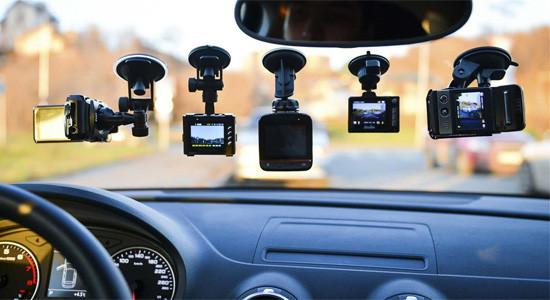 рейтинг видеорегистраторов Super и Full HD + GPS на IronHorse.ru ©