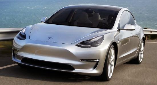 Tesla Model 3 на IronHorse.ru ©
