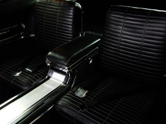 задние кресла в Charger 1-го поколения