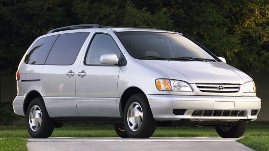 Тойота Сиенна 1 (1997-2002)