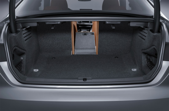 багажное отделение второго поколения купе Audi A5