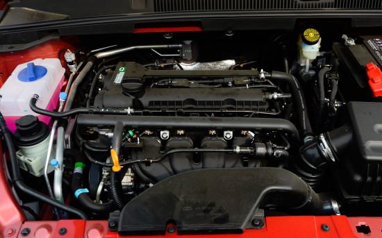 под капотом Chery Arrizo 5 1.5-литровый силовой агрегат