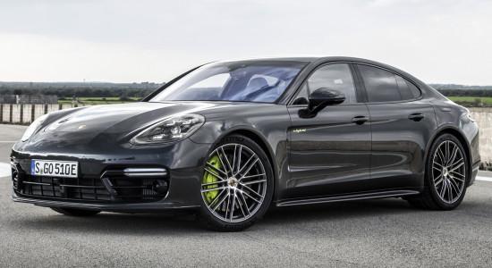Porsche Panamera E-Hybrid на IronHorse.ru ©