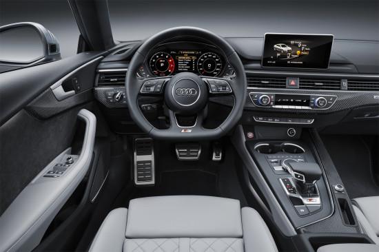 интерьер спортбэка Ауди S5 2017 модельного года