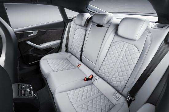 в салоне Audi S5 Sportback 2017 модельного года