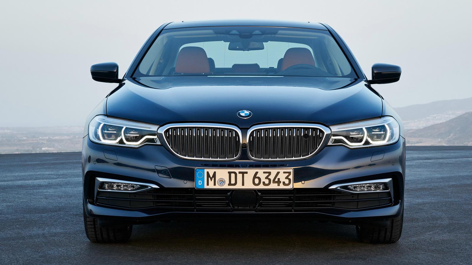 Картинки по запросу BMW 5 Series спереди