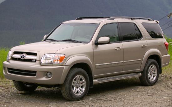Toyota Sequoia  1 (2004-2007)
