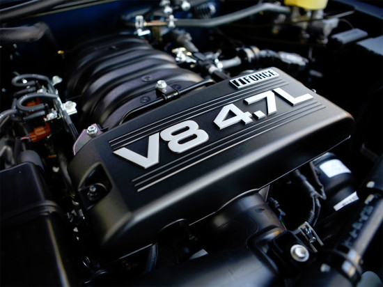 под капотом Toyota Sequoia 1 - V8 4.7