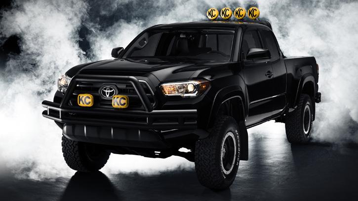 Toyota Tacoma «Back to the Future»