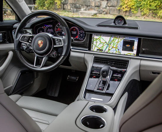 интерьер салона Porsche Panamera (971)