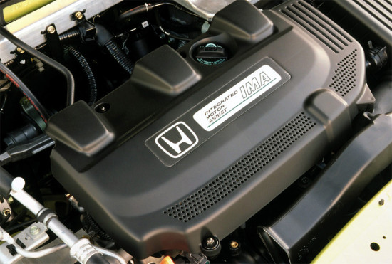 под капотом Honda Insight 1
