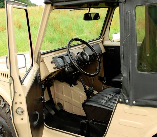 интерьер салона Suzuki Jimny 1