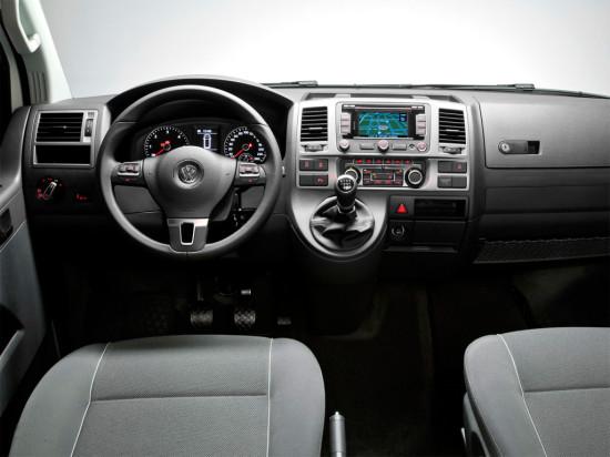 интерьер салона VW Multivan T5