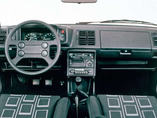 интерьер салона Volkswagen Scirocco 2