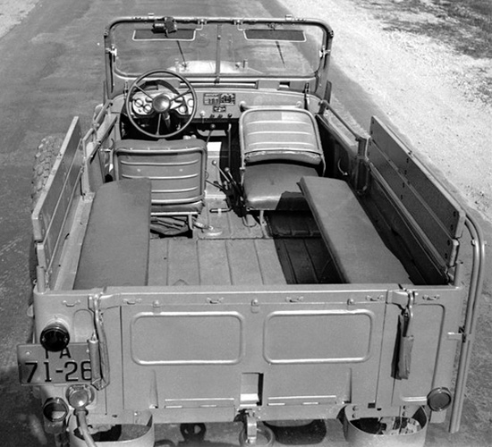 двухдверный ГАЗ-69
