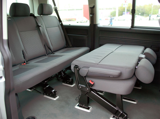 интерьер салона Volkswagen Caravelle T5