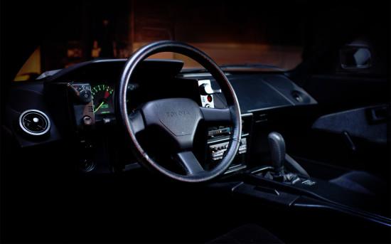 интерьер салона Toyota MR2 W10