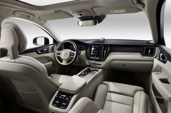 интерьер салона Volvo XC60 II