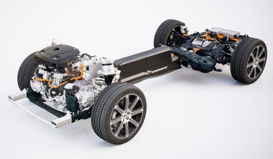 размещение узлов и агрегатов гибридного Volvo XC60 T8