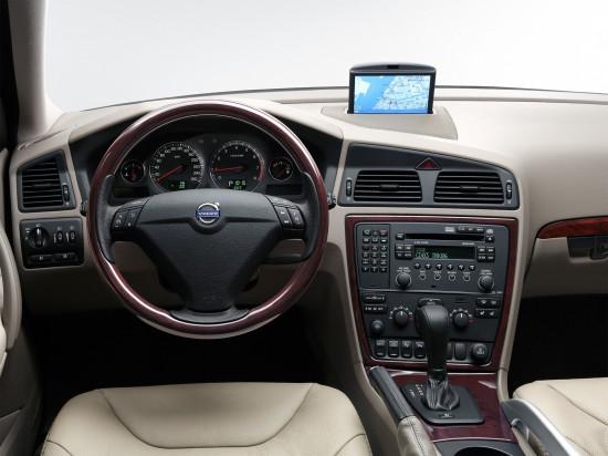 интерьер салона Volvo XC70 1 поколения