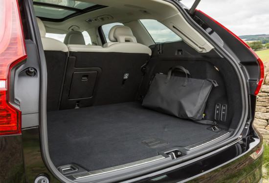 багажный отсек Volvo XC60 2-го поколения