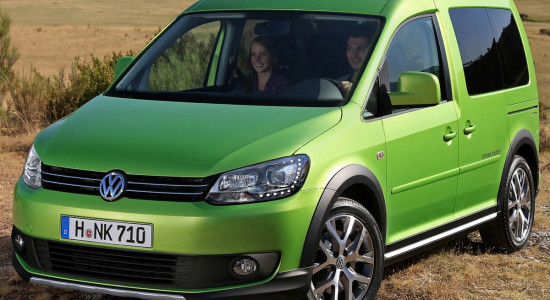 Volkswagen Cross Caddy на IronHorse.ru ©