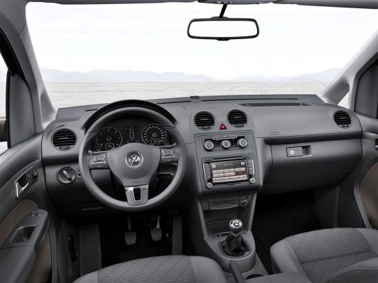 интерьер салона VW Caddy 3