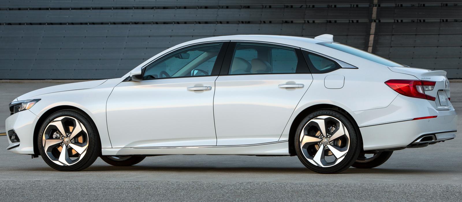 Смотреть Новый Honda Accord 10 поколения 2019 | фото, цена видео