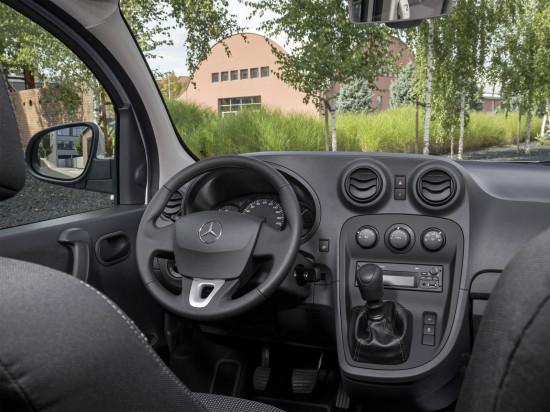 Интерьер Mercedes-Benz Citan W415