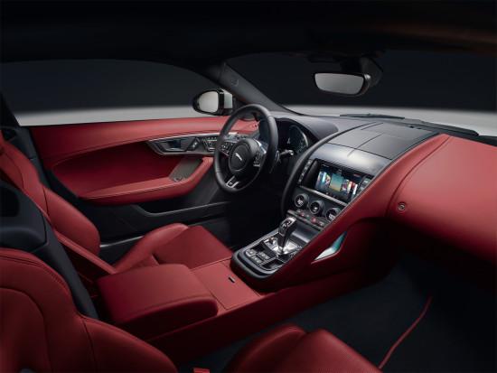 интерьер салона Jaguar F-Type R