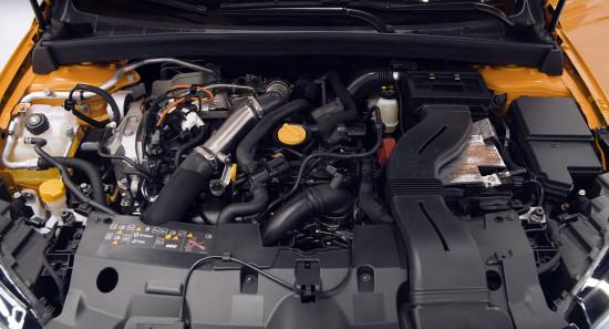 под капотом Renault Megane 4 RS