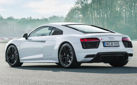 Audi R8 RWS V10