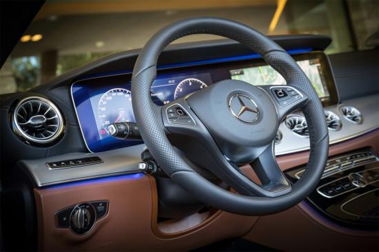 интерьер салона Mercedes-Benz E-Class Cabrio (A238)