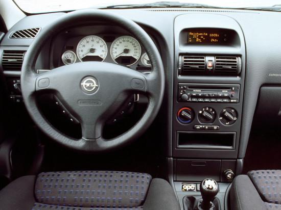 интерьер салона Opel Astra G OPC