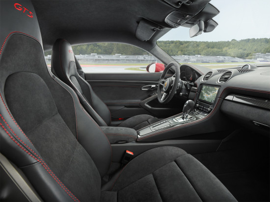 интерьер салона Porsche 718 Cayman GTS