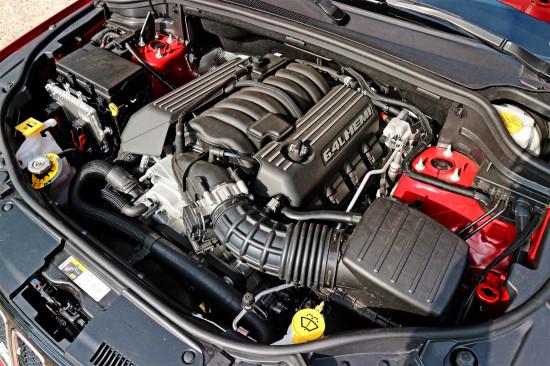 под капотом Grand Cherokee SRT WR2 6.4 V8 HEMI