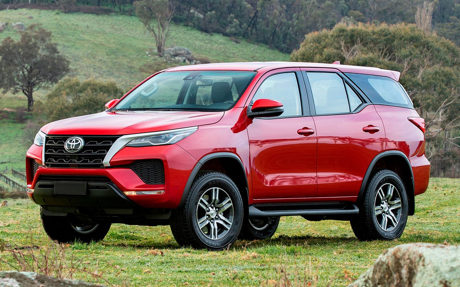 Toyota Fortuner (2020-2021) цена и характеристики, фотографии и обзор