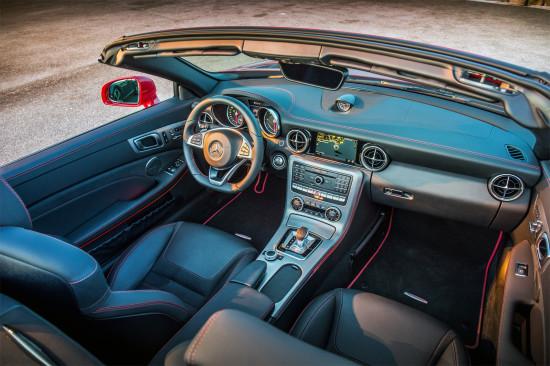 интерьер салона Mercedes-Benz SLC (R172)
