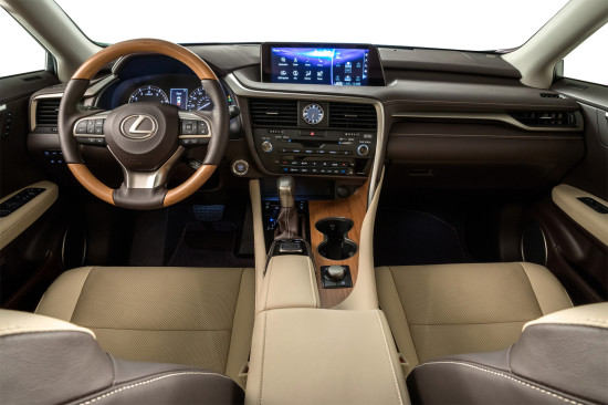 интерьер салона Lexus RX 350L