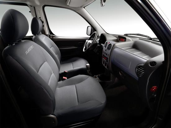 интерьер салона Peugeot Partner I Origin
